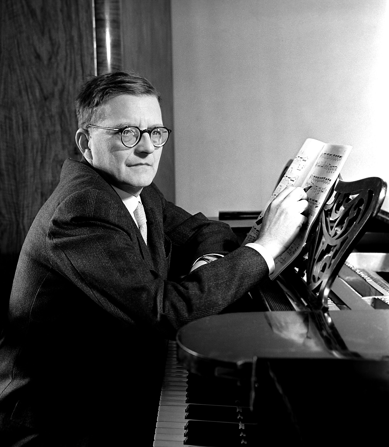 Retrato de Chostakóvitch, em 1958