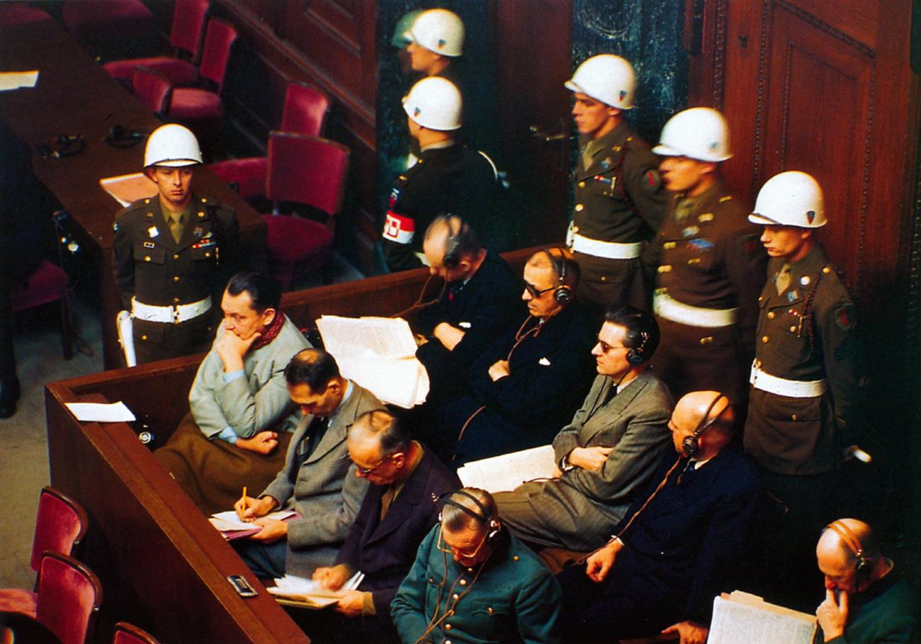 1. oktobra 1945 so se končali Nürnberški procesi, na katerih so obsodili preživele voditelje nacistične Nemčije.