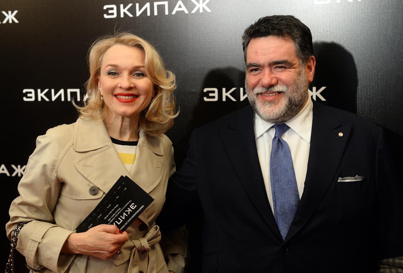 Mikhaïl Kousnirovitch et Ekaterina Moïsseeva. Crédit : Grigoriy Sisoev / RIA Novosti