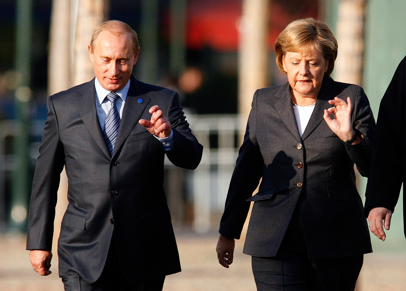 The date of Angela Merkel's visit to Russia had been agreed.