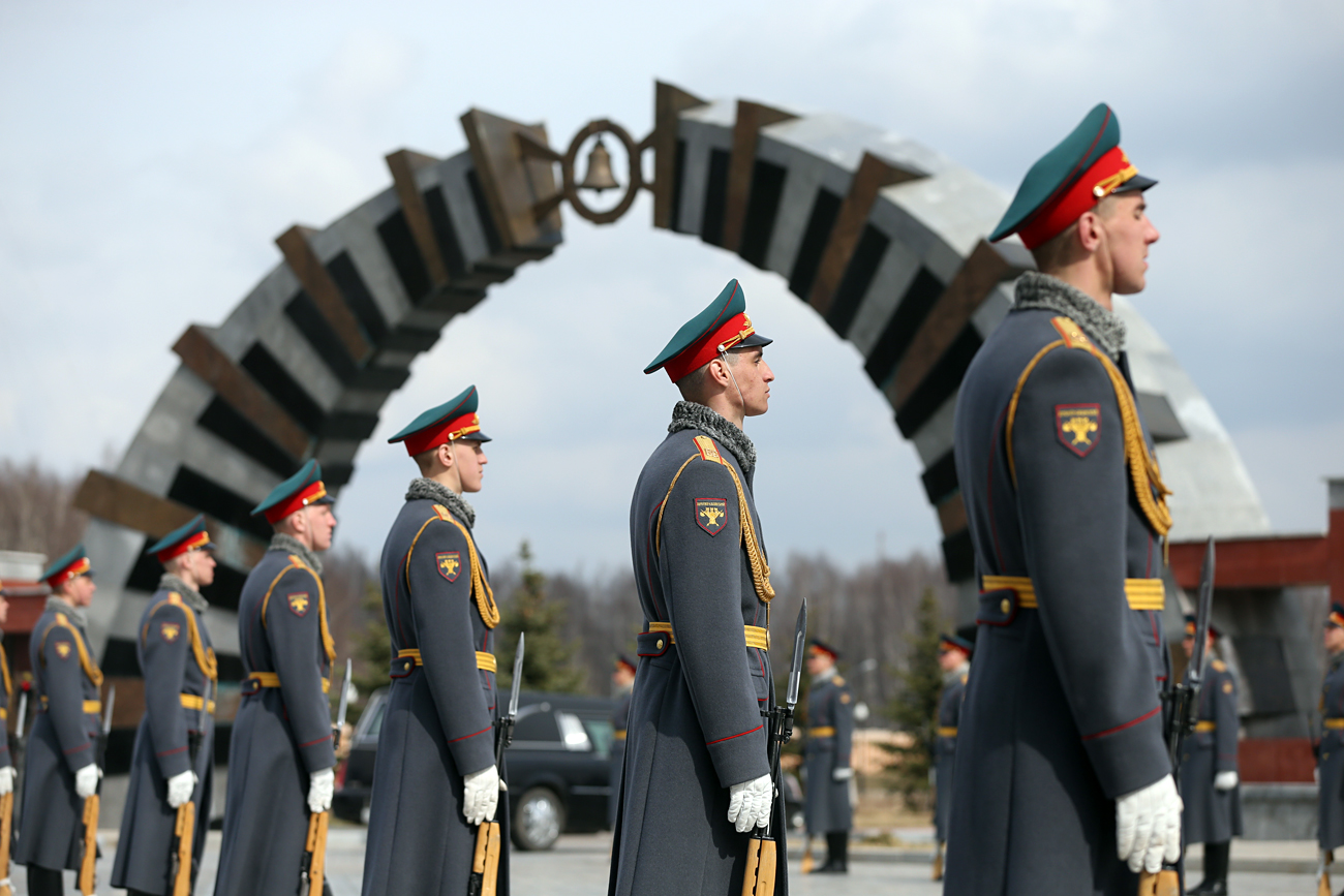 In 2001 Russian President Vladimir Putin decreed a Federal Military Memorial Cemetery to be built in Moscow for burying top politicians of the USSR and Russia. Photo: Federal Military Memorial Cemetery.