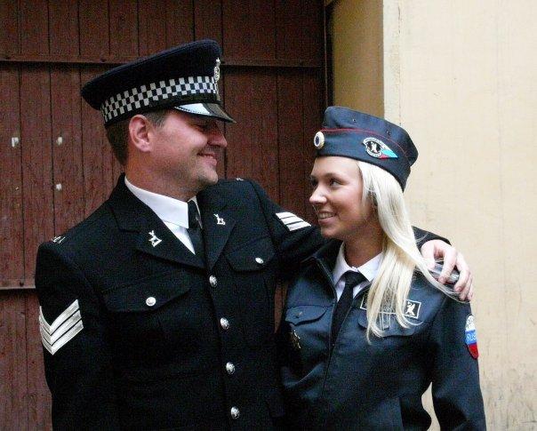 Bullen acompanhado de policial russa Foto: Arquivo pessoal