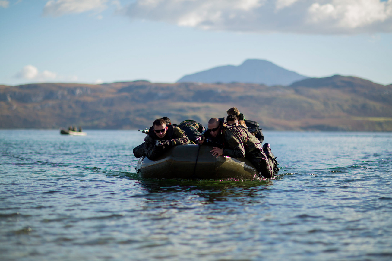 U.S. Marines with 2nd Air Naval Gunfire Liaison Company conduct tactical beach landing drills with 148 Battery, Royal Marine Commandos, in preparation for Joint Warrior on Cape Wrath, Scotland, Oct. 9, 2016.