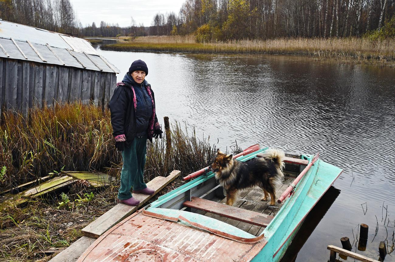 Au lieu de champignons et de baies, la société Satourn Nordstroï lui propose des routes normales. Crédit : Kommersant