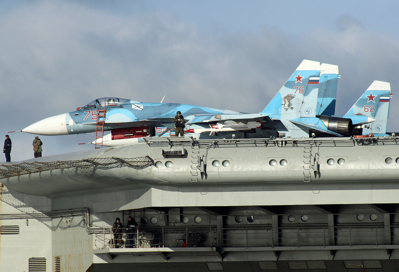 Sukhoi Su-33 Flanker-D fighters aboard the aircraft carrier Admiral Kuznetsov sails together with the Russian Northern Fleet's carrier battle group through the English Channel.
