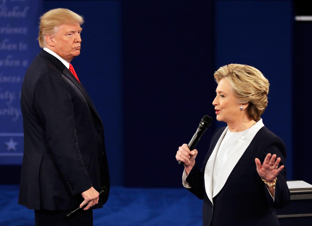 Les candidats à la présidence US Donald Trump (à gauche) et Hillary Clinton.