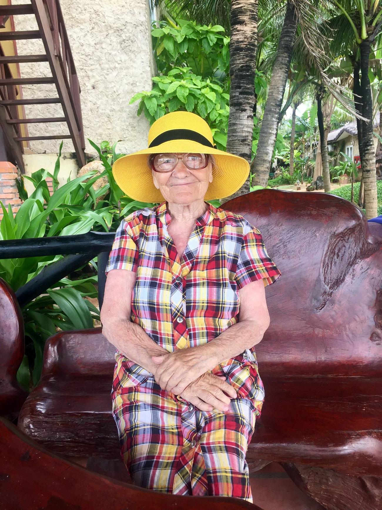 Elena Erjova acaba de volver de Vietnam pese a sus 89 años