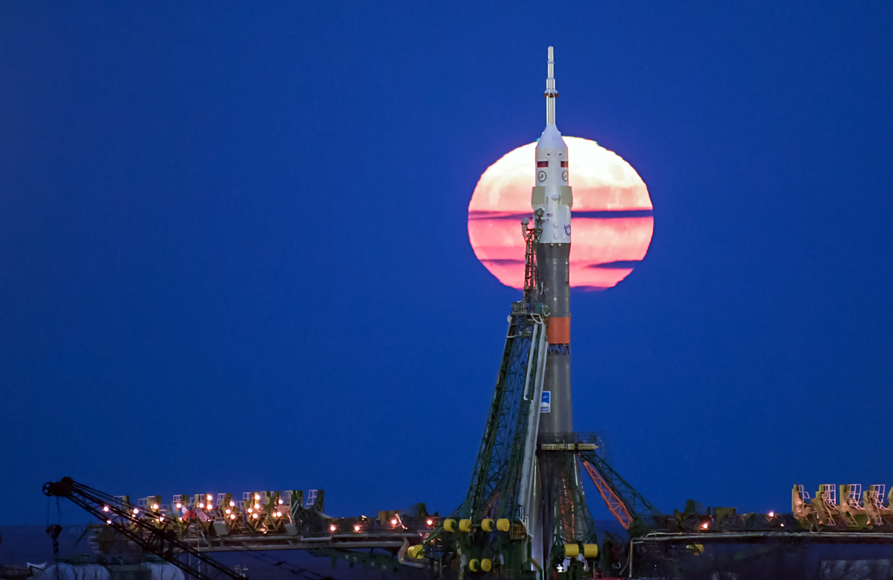 The supermoon rises behind the Soyuz MS-03 spacecraft at the launch pad in the Russian-leased Baikonur cosmodrome in Kazakhstan, 14 November 2016