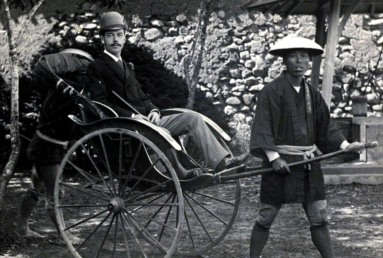 1891年に、後にロマノフ朝最後の皇帝となる皇太子ニコライは、長崎から日本の旅を始めた。