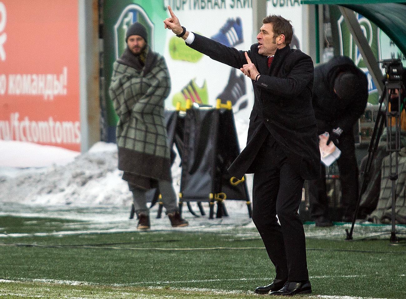 Trener Spartaka Massimo Carrera na tekmi 13. kroga lige ruske Premier lige 2016/17 med kluboma CSKA Moskva in Amkar Perm. Vir: Aljona Kardaš/RIA Novosti