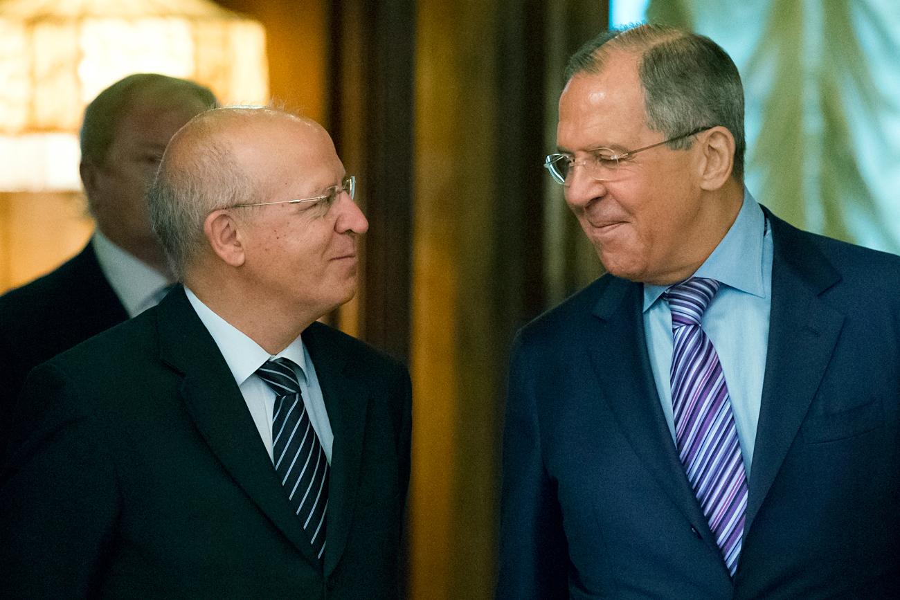 Silva (esq.) e Lavrov reunidos em Moscou, em julho passado