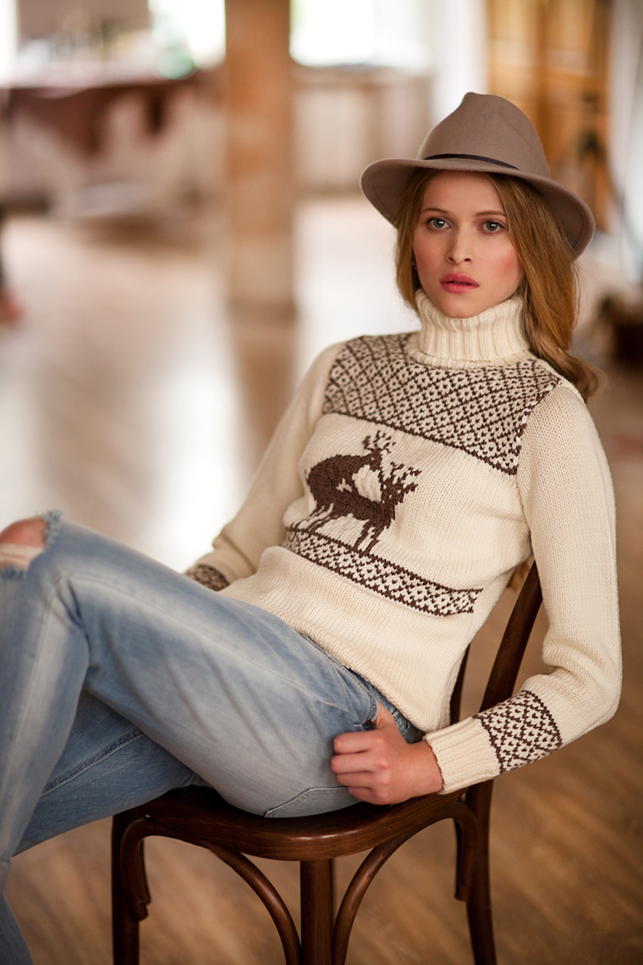 Sweter Rosol. Sumber: Press Photo