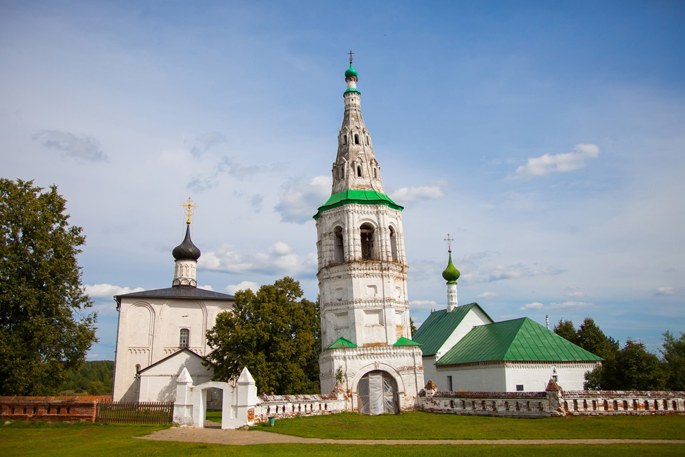 The 18th-century belfry near the Church of Boris and Gleb on the way back to Vladimir from Suzdal