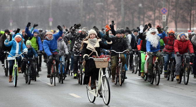 Participants in Moscow's first winter bicycle parade.