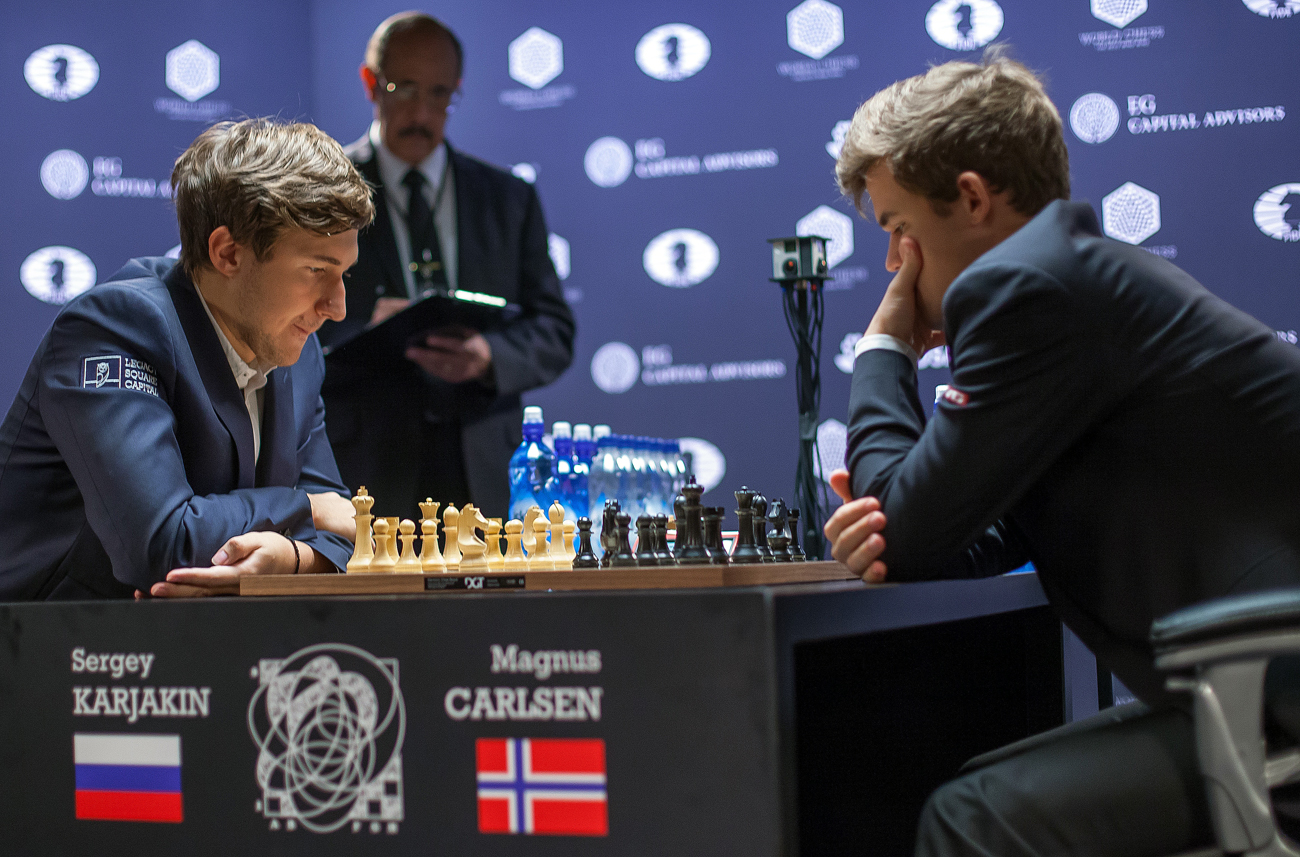 Grandmasters Sergey Karjakin (Russia), left, and Magnus Carlsen (Norway) during a tie-breaker of the 2016 FIDE World Chess Championship in New York.