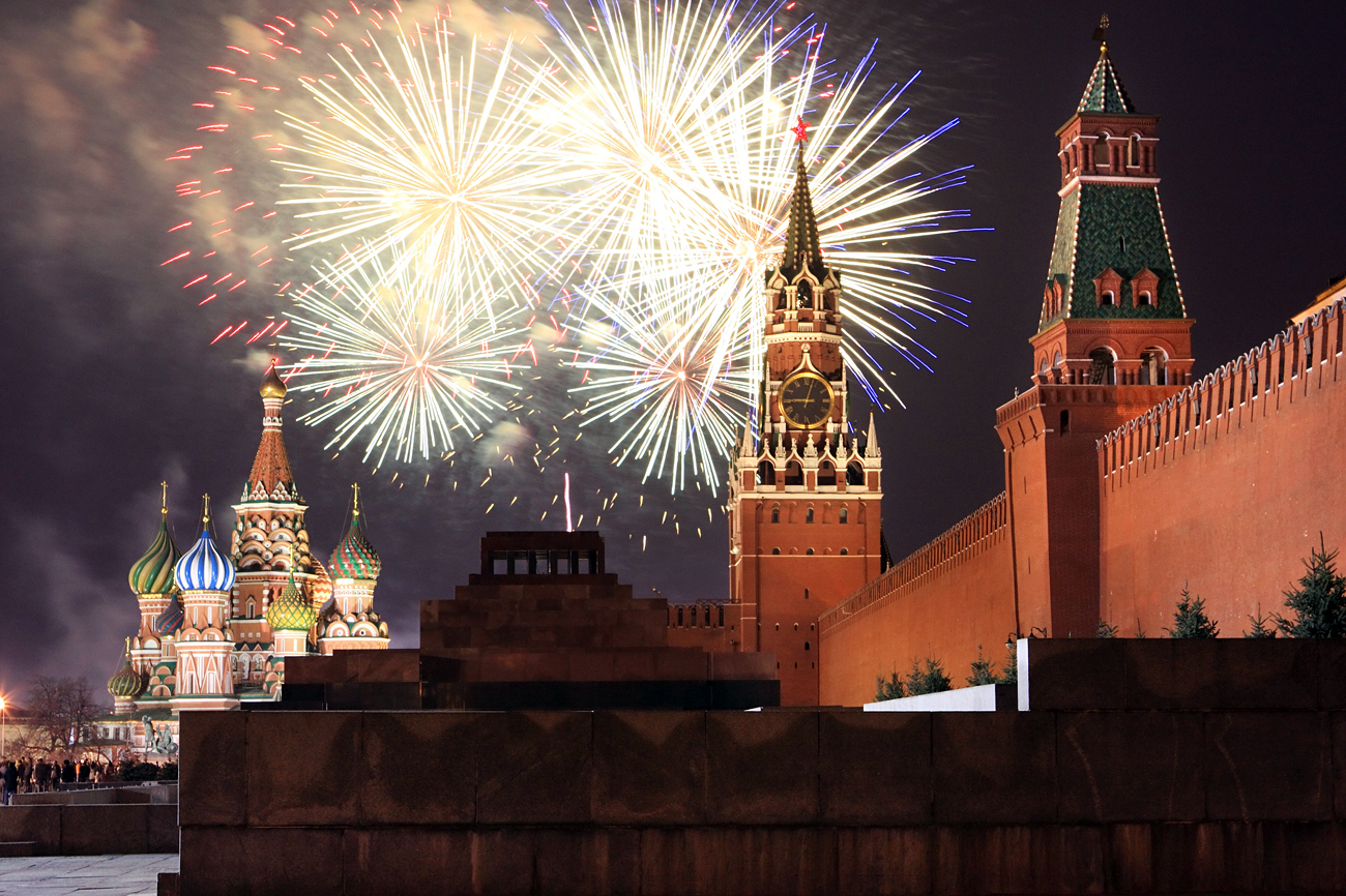 Jedes Jahr hält der russische Präsident eine Feierrede nur wenige Minuten vor dem Läuten der Glocken.