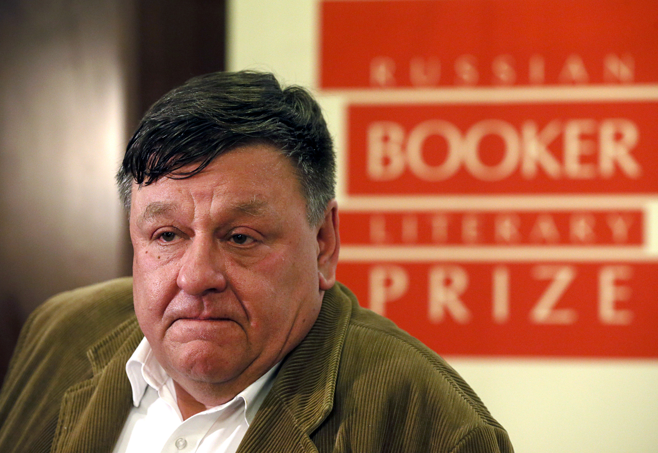 Peter Aleshkovsky, the winner of the 2016 Russian Booker prize, speaks at a press conference in Moscow.