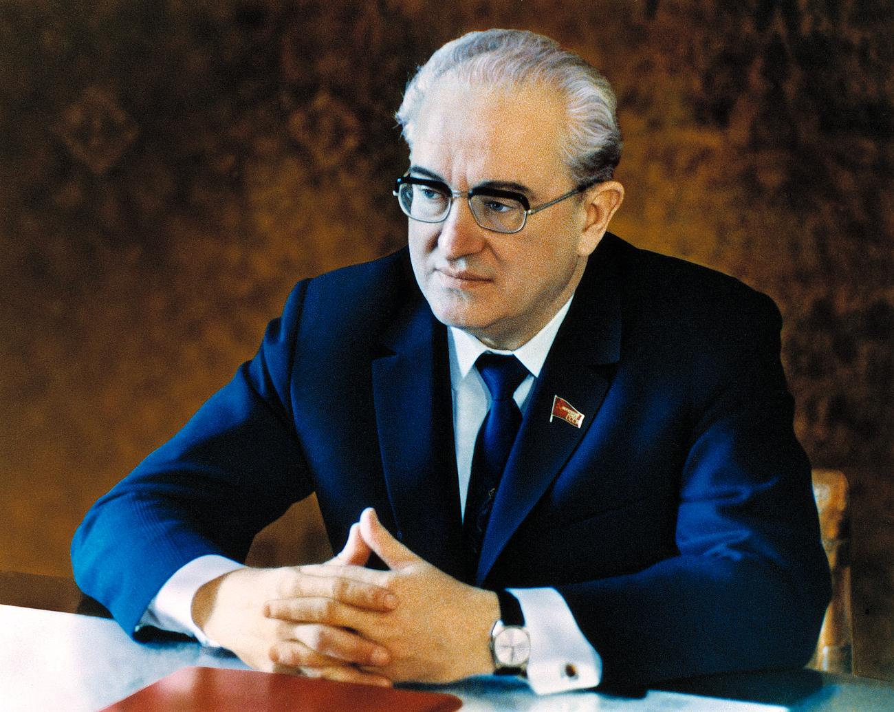 Yurij Andropov. Fonte: Eduard Pesov / RIA Novosti