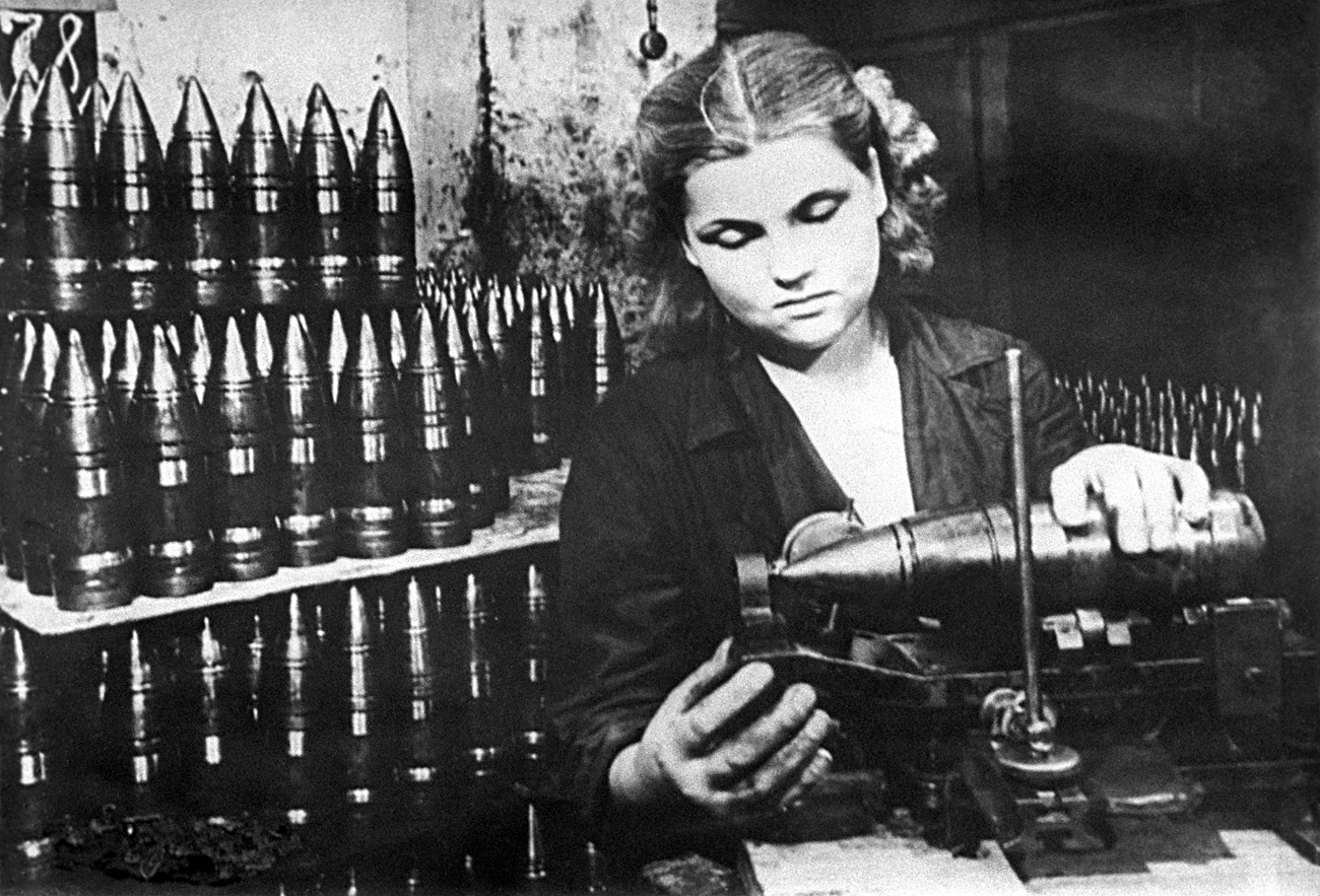 Moscow, USSR. A female worker making shells at the Likhachev Plant in Moscow on the Eastern Front of World War I 1941
