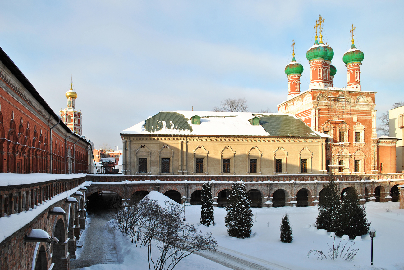These Moscow religious sites offer delicious meals.