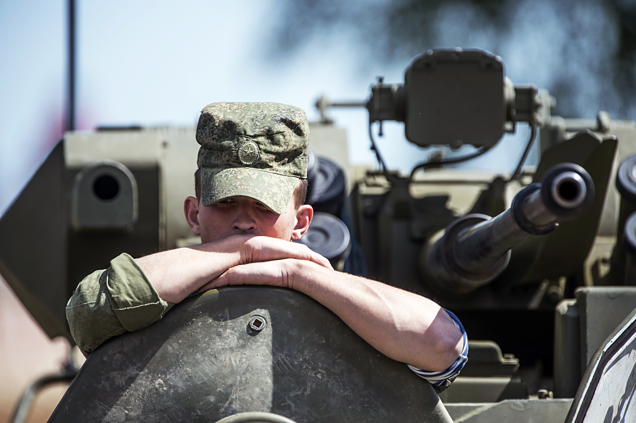 A serviceman at the ARMY-2015 international military technical forum held outside Moscow.