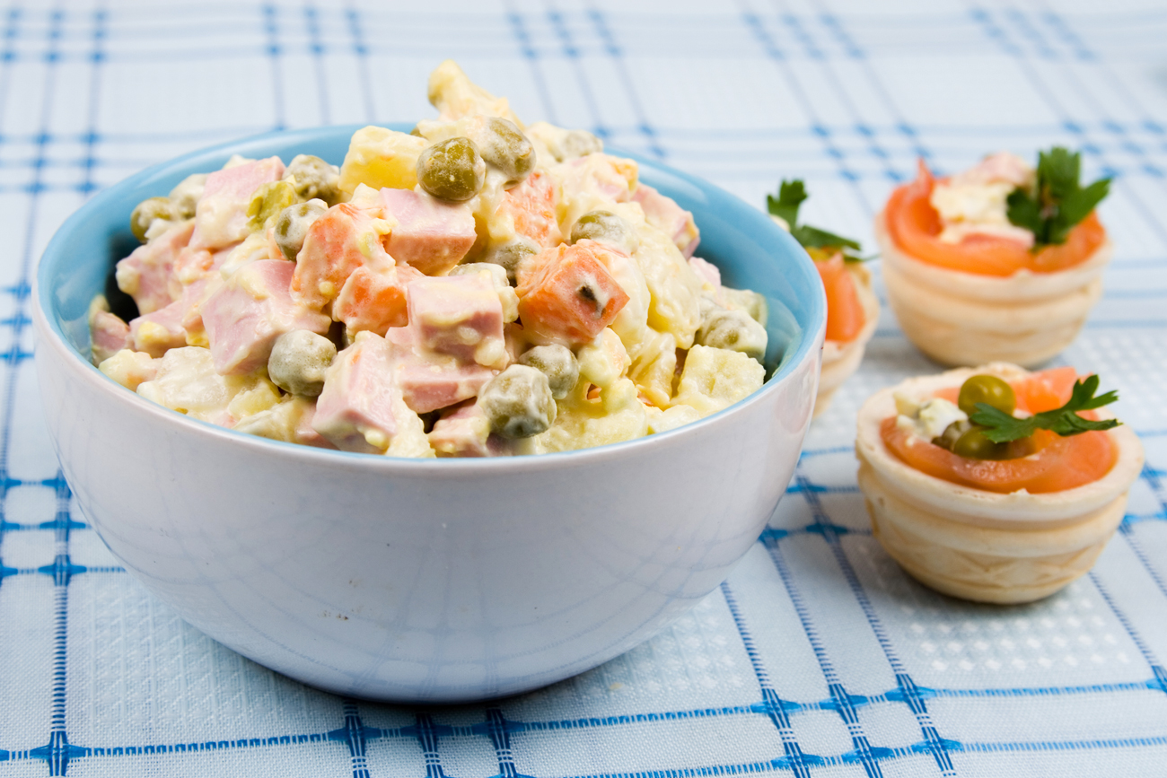 Oliviye is the most popular Russian salad that is traditionally made for the New Year. Source: Lori / Legion Media