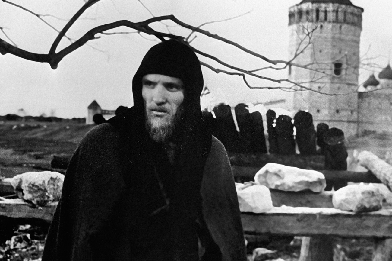 Anatoly Solonitsyn as Andrei Rublev in Andrei Tarkovsky's film.