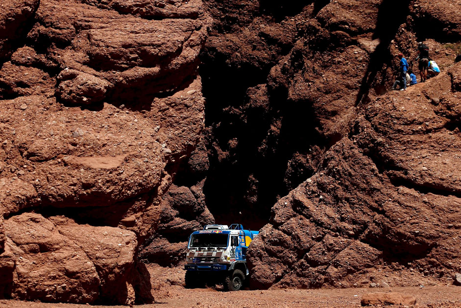 Eduard Nikolaev of Russia drives his Kamaz truck during the eighth stage of the Dakar Rally 2016 near Cafayate, Argentina