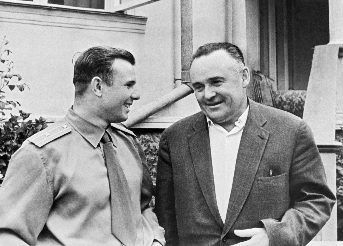 Јуриј Гагарин и Сергеј Корољов, 05. фебруар 1961.