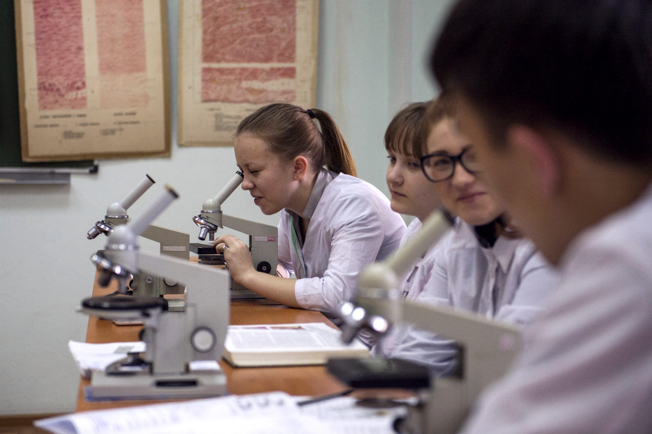 Today, Russia spends 2.5 percent of its GDP on social welfare. Pictured: students at Biochemistry class at the Omsk Medical Academy.