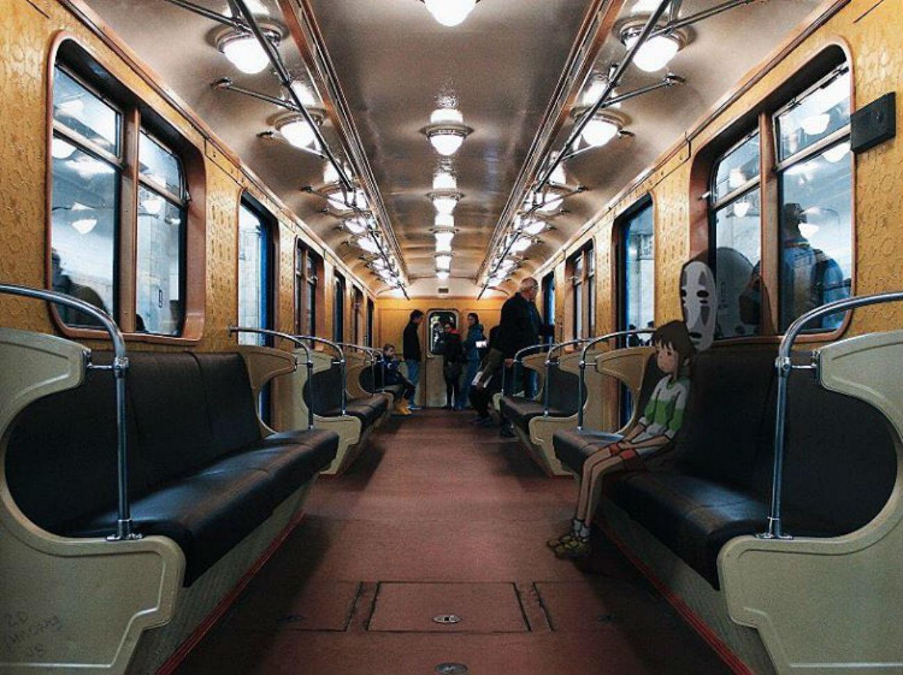 """Una scena de """"La città incantata"""" di Hayao Miyazaki riambientata nella metro di Mosca"""
