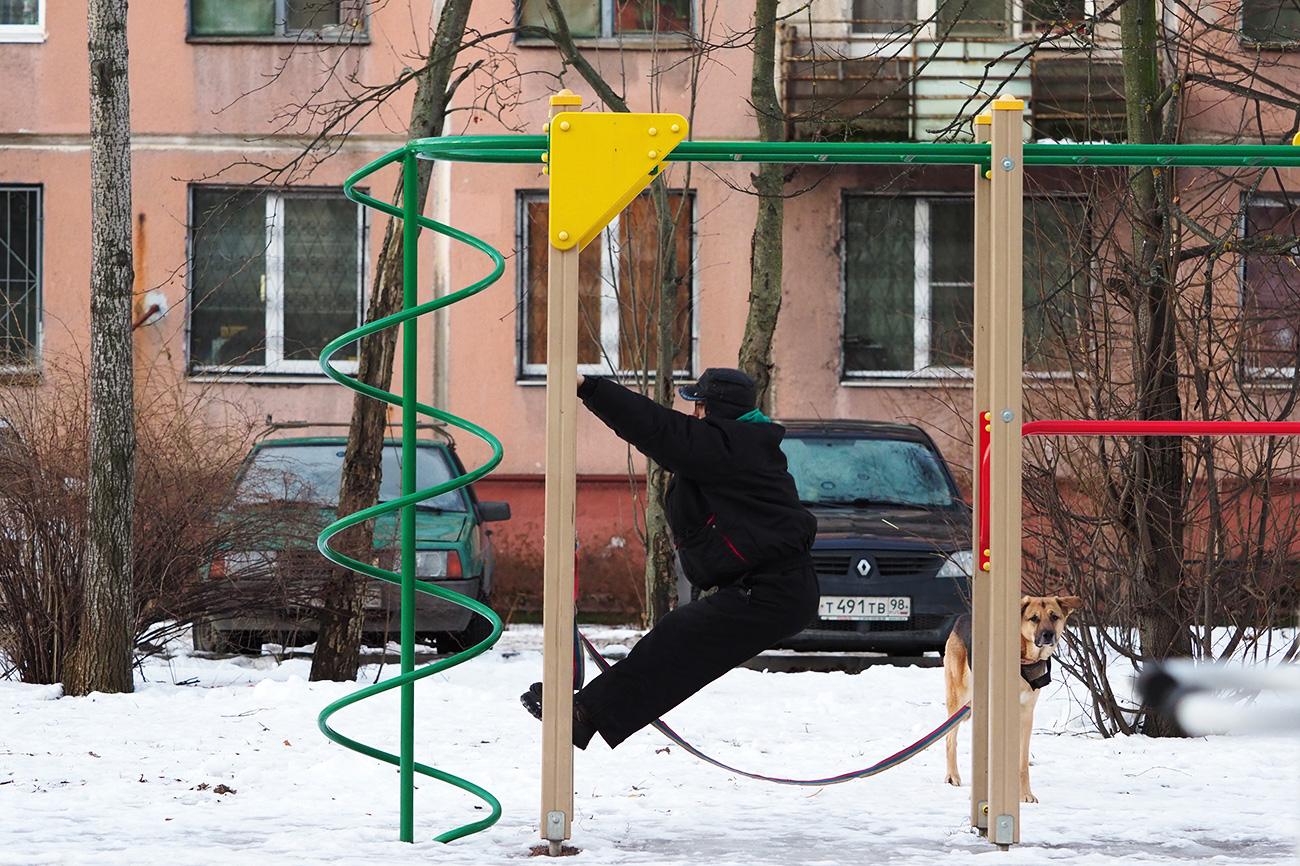 Wiktor Iljin heute inseiner Heimatstadt Sankt Petersburg\n