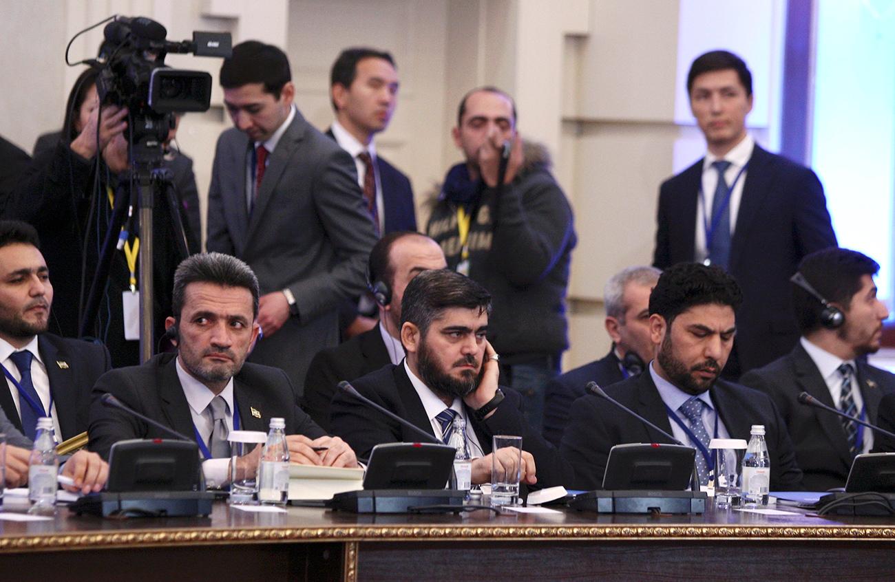 Delegasi oposisi Suriah dalam diskusi perdamaian di Astana, Kazakhstan pada 23 Januari 2017