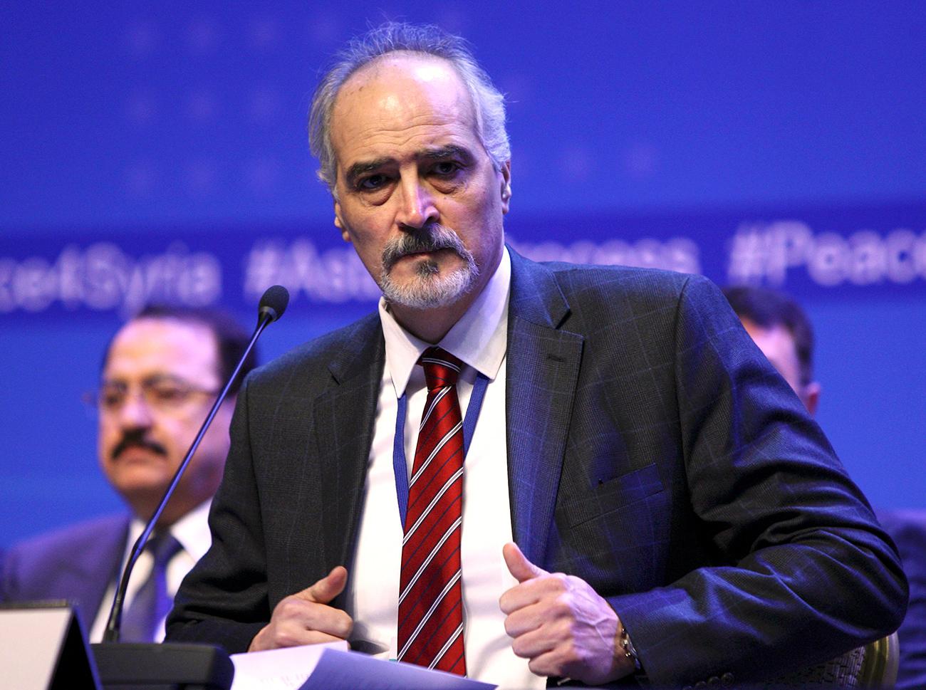 Der Vertreter der syrischen Regierung Baschar al-Dschafari bei den Verhandlungen in Astana.