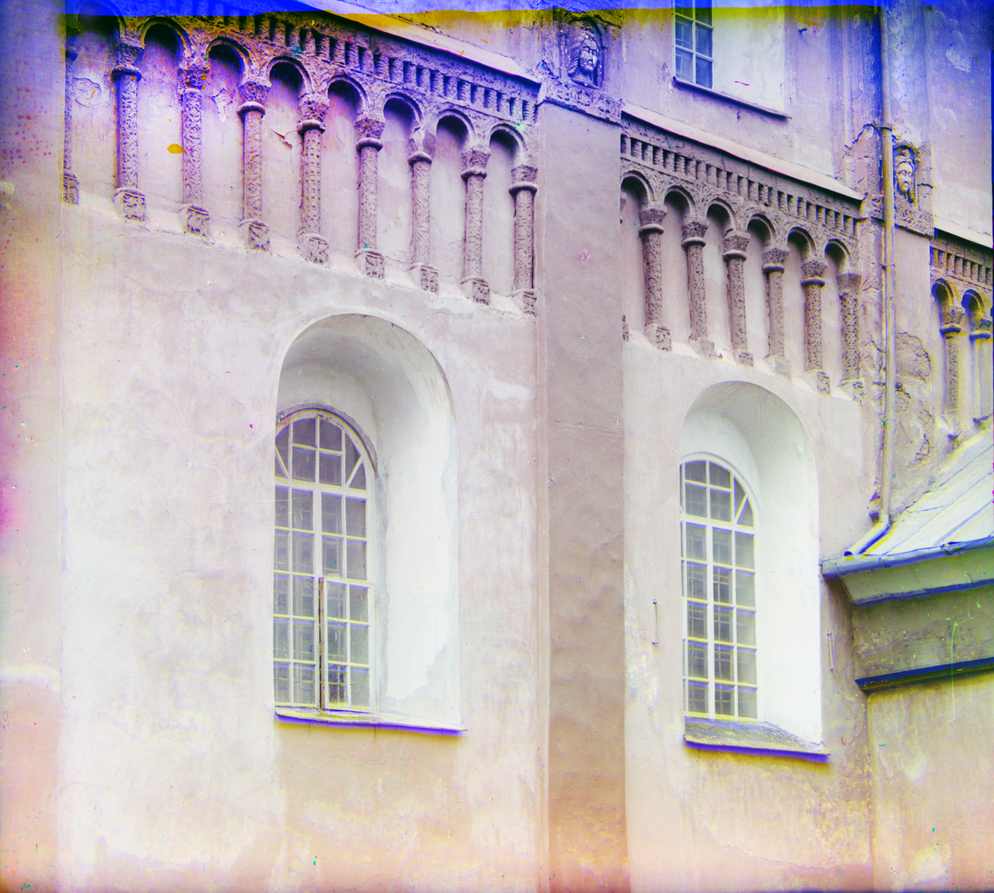 Cathedral of Nativity of Mother of God, south facade. Summer 1912. / Photo: Sergei Prokudin-Gorsky