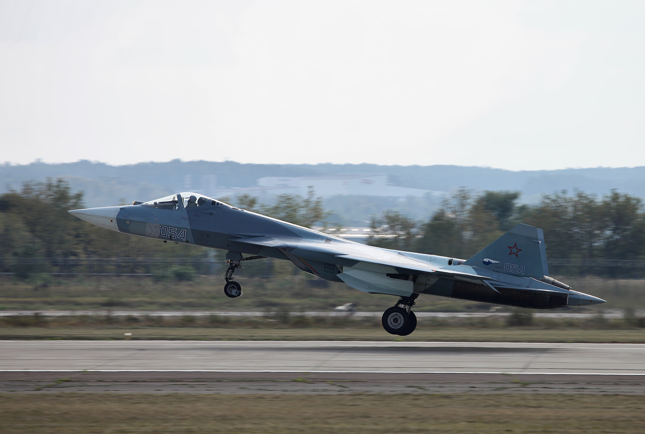El Ministerio retrasa la compra de los aviones T-50