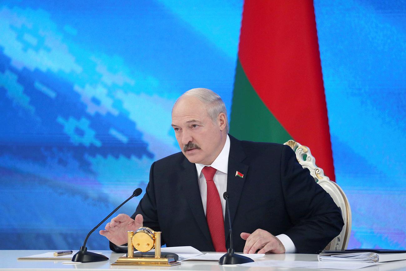 Le président biélorusse, Alexandre Loukachenko, lors d'une confrénce de presse à Minsk.