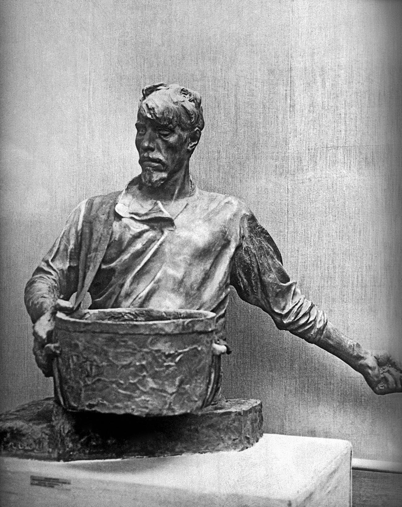 Seedsman, bronze, by artist Ivan Shadr. Source: V. Nikiforov/RIA Novosti