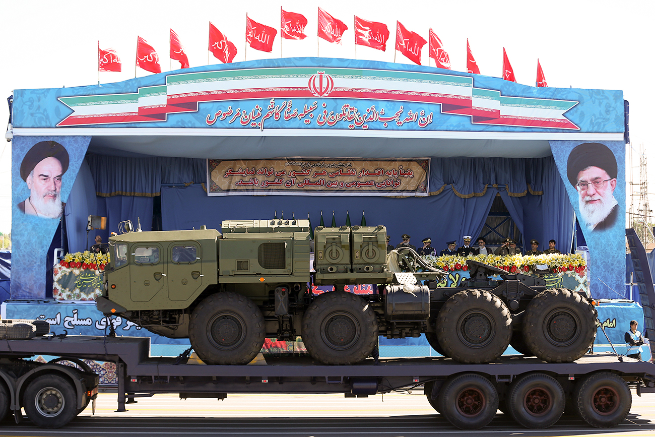 A long-range S-300 missile system on display during a parade marking Iran's National Army Day in Tehran in 2016.