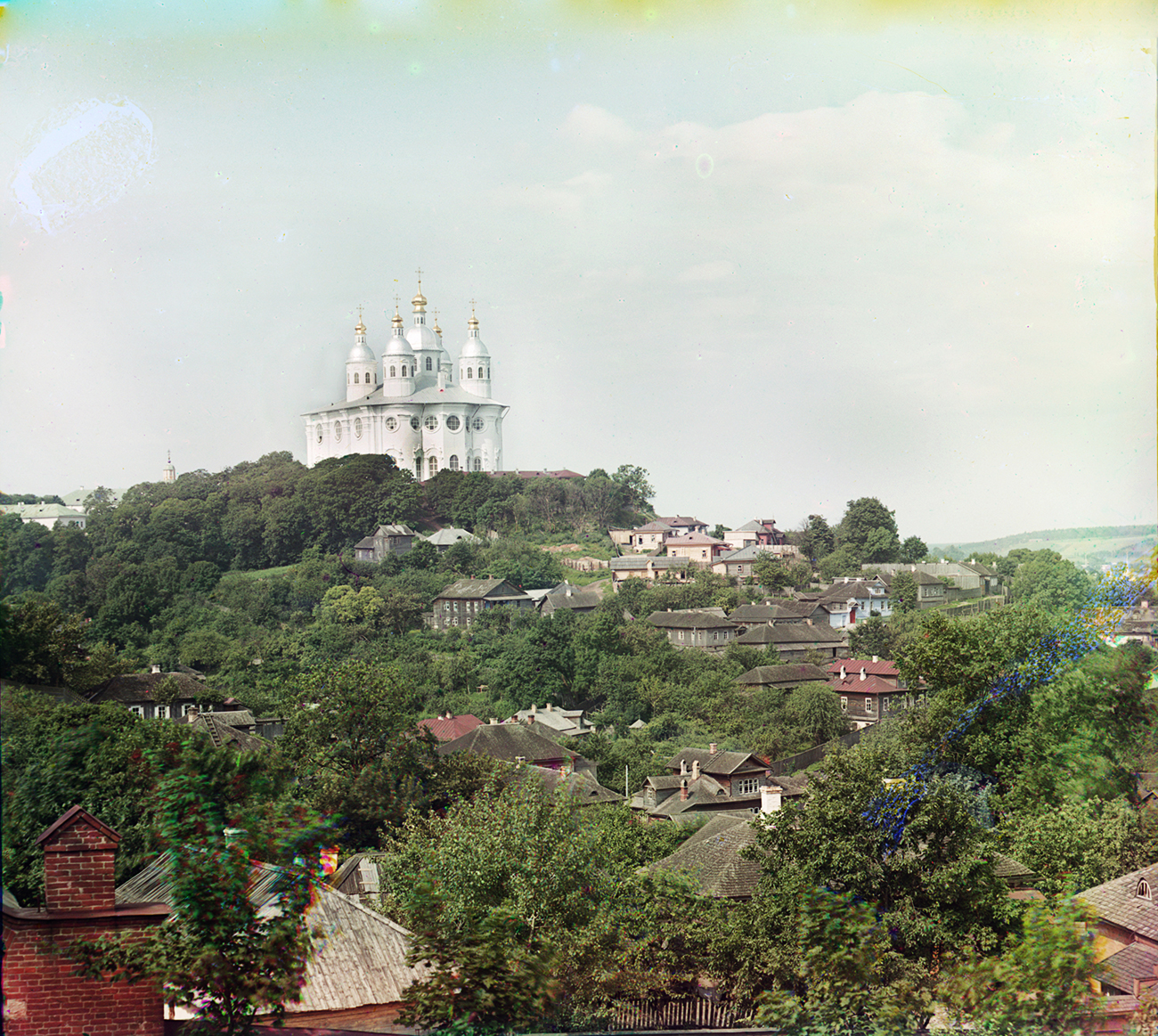 Dormition Cathedral, southeast view from fortress east wall. Summer 1911. / Photo: Sergei Prokudin-Gorsky