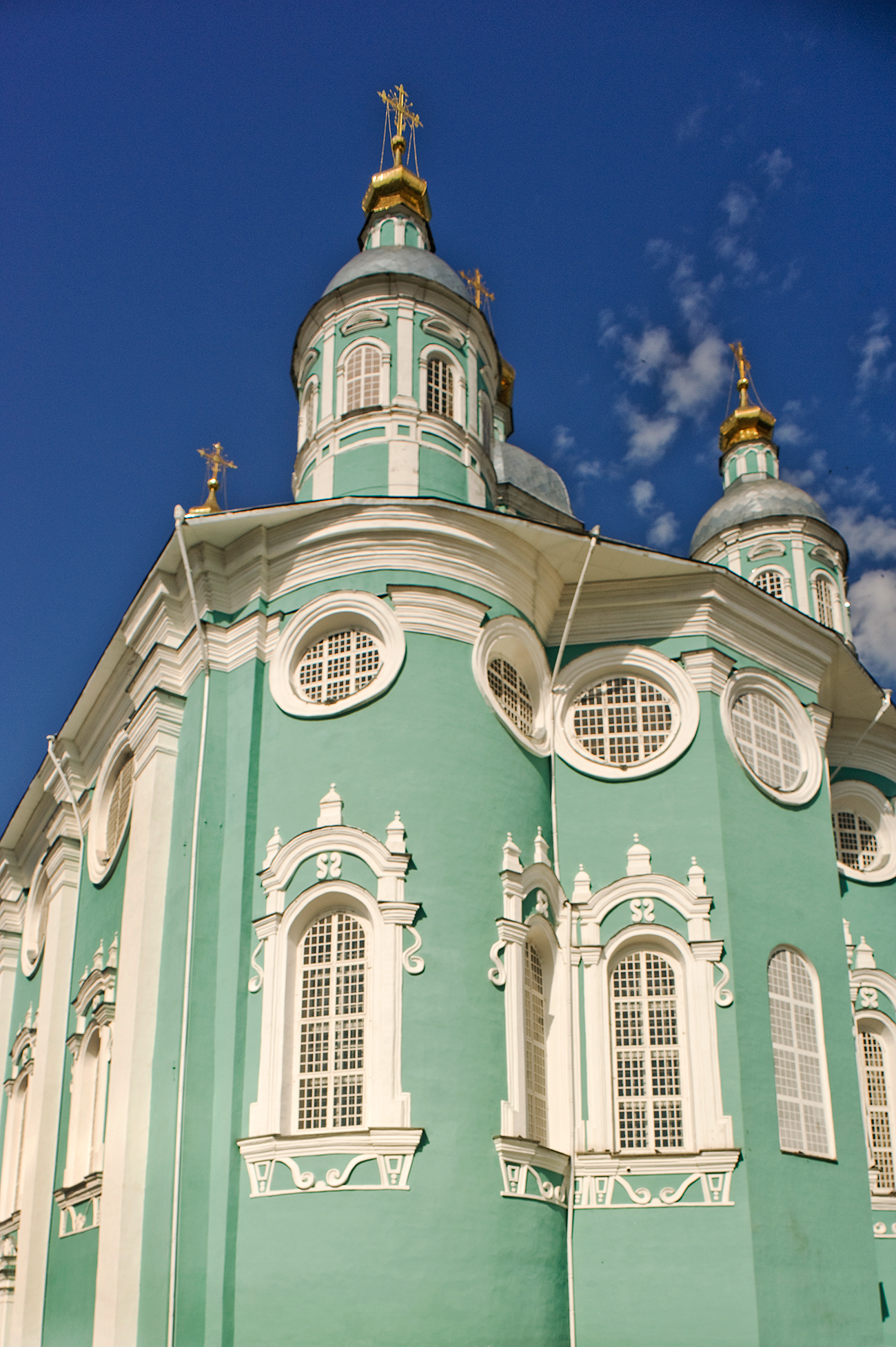 Dormition Cathedral, east facade. July 1, 2014. / Photo: William Brumfield