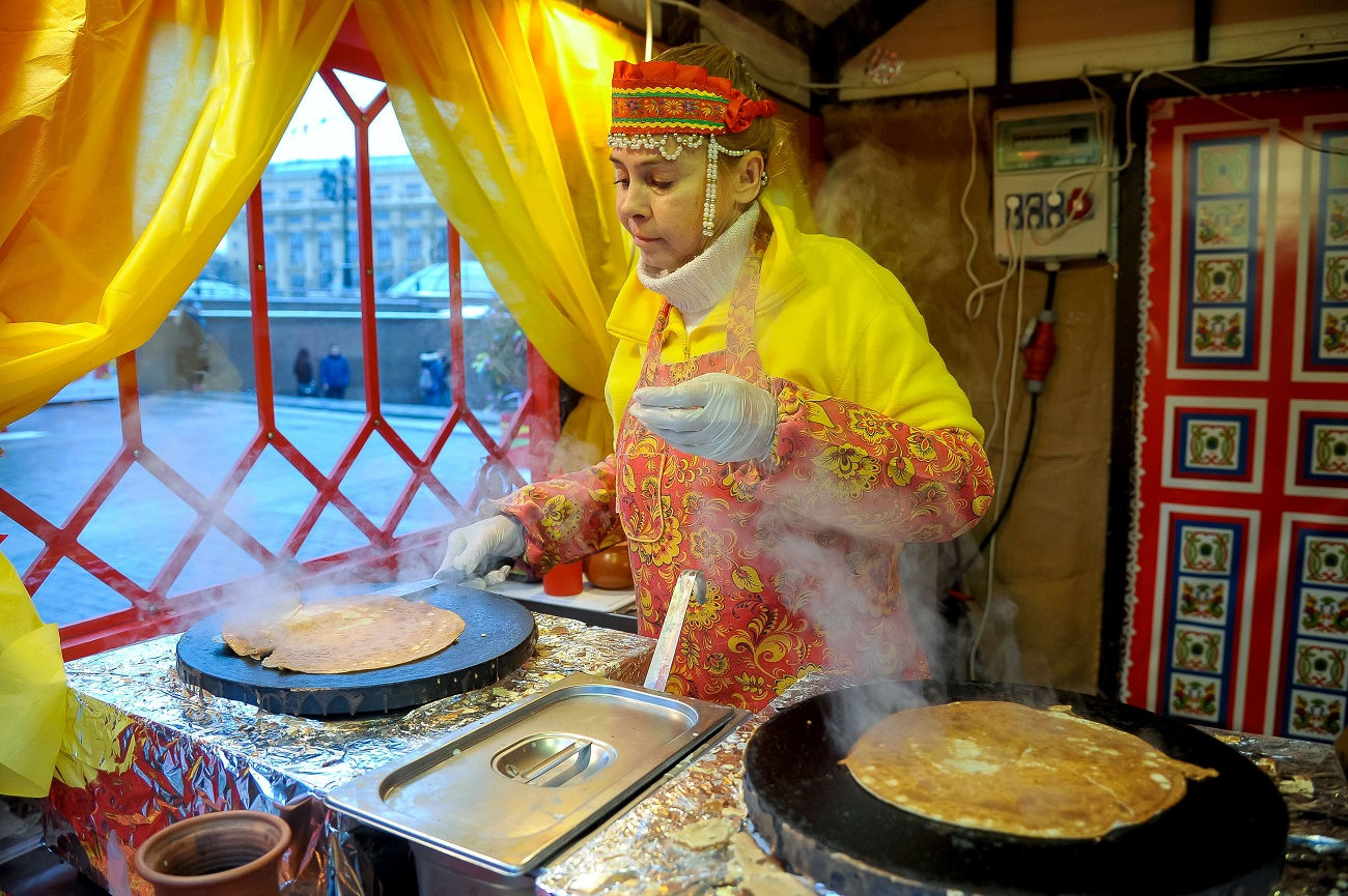 Maslenitsa festival in the center of Moscow.