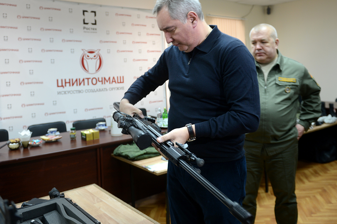 Russian Deputy Prime Minister Rogozin, front, and Dmitry Semizorov, right, head of TsNIITochMash, at the presentation of a new sniper complex rifle for Russian special agencies at the Central Research Institute for Precision Machine Building (TsNIITochMash), Rostec State Corporation, in Klimovsk. Source: Sergey Mamontov/RIA Novosti