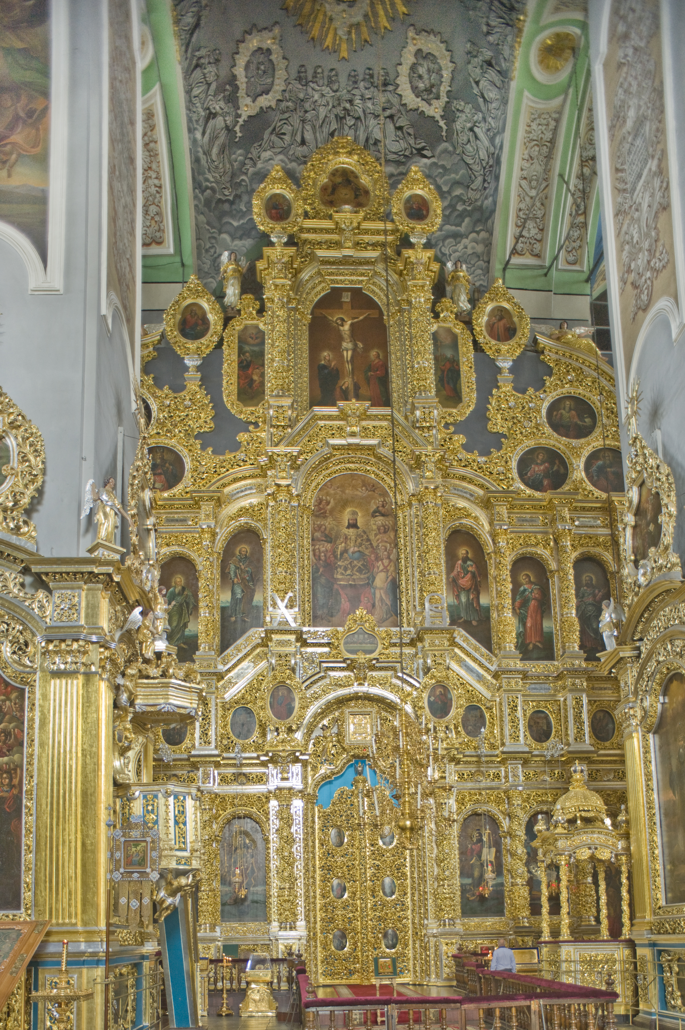 Dormition Cathedral, interior, view east toward icon screen. July 1, 2014. / Photo: William Brumfield
