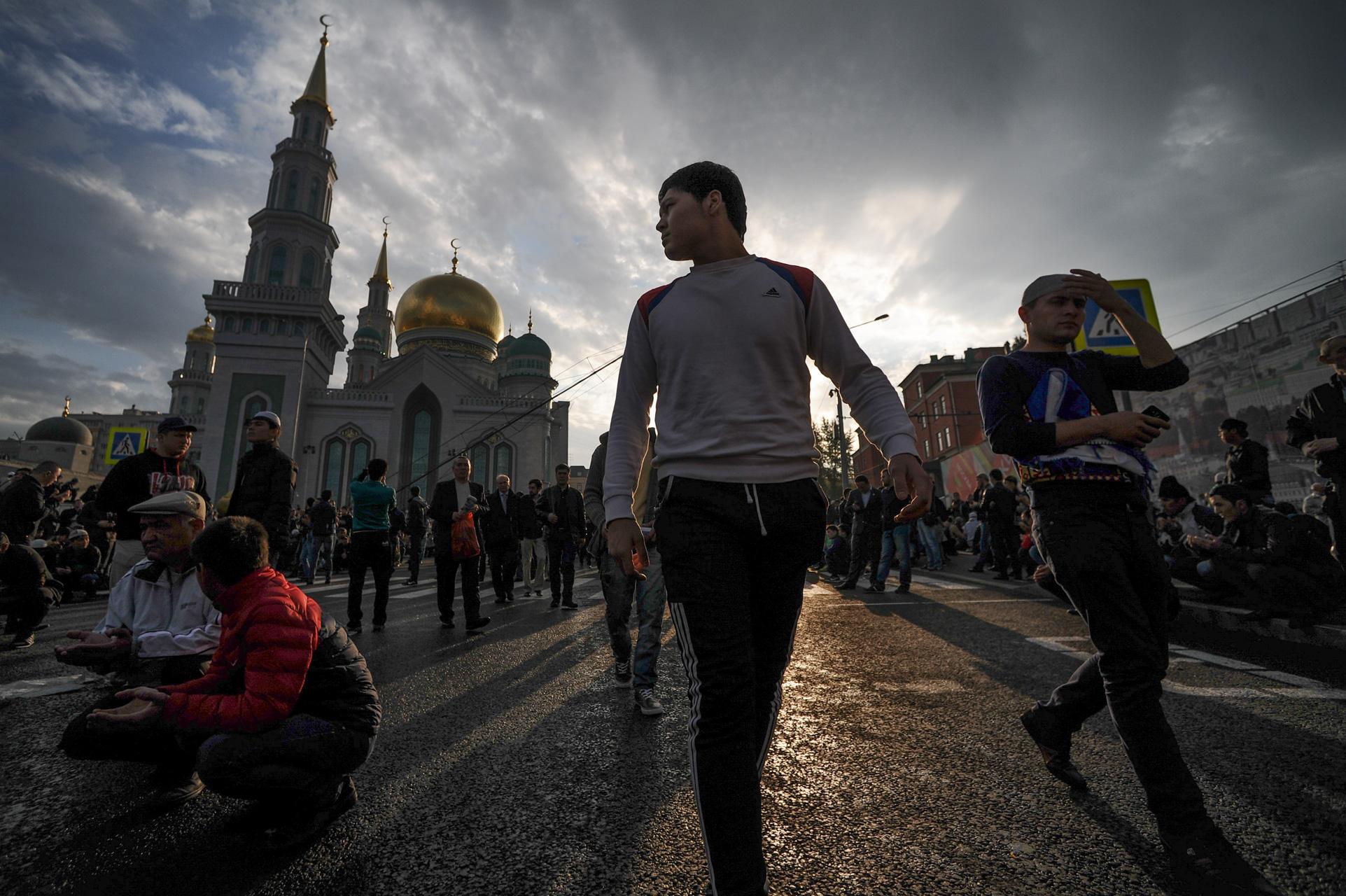 Moskow adalah rumah bagi sekitar dua juta umat Islam, yang setengah di antaranya merupakan imigran.