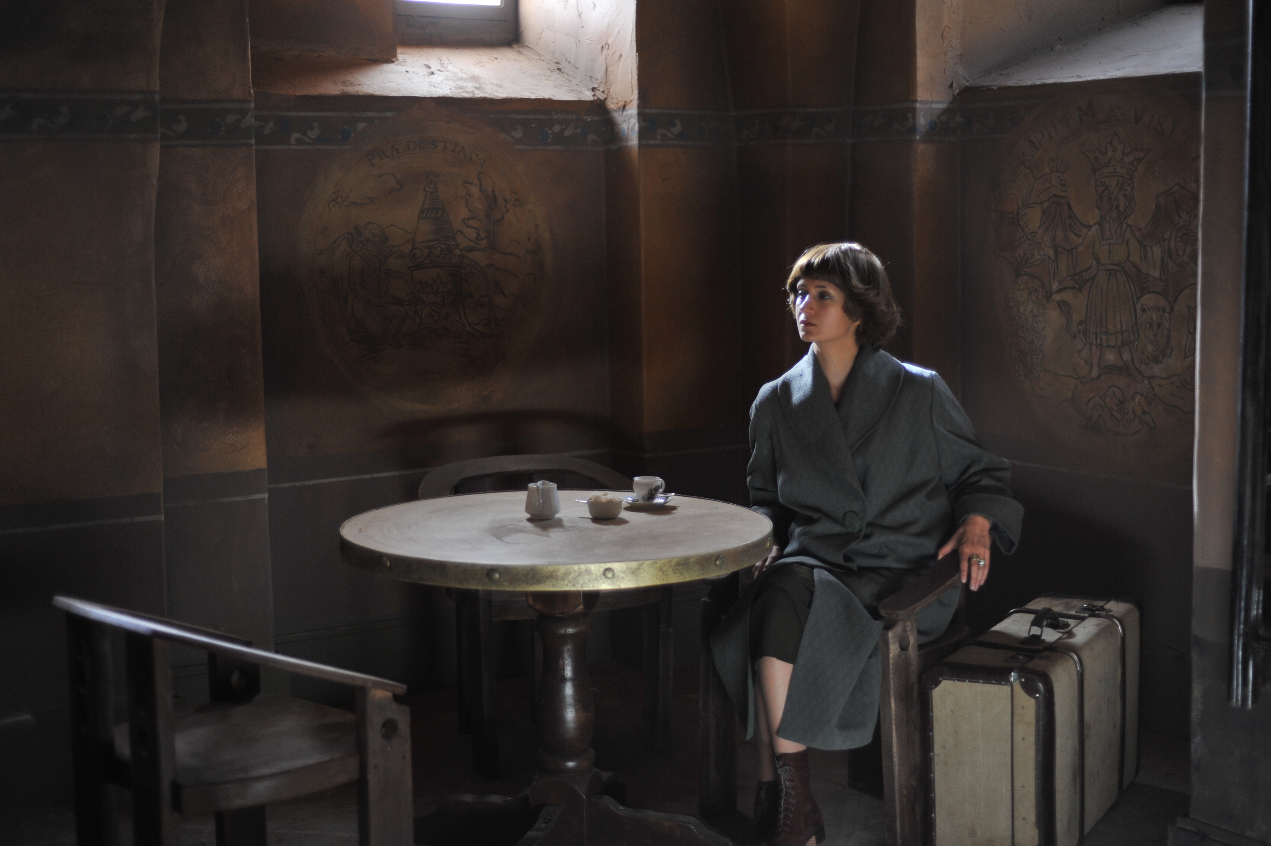 'Mirrors' by Marina Migunova is the first historical-biographical feature film that focuses on the tragic fate of the poet Marina Tsvetaeva.
