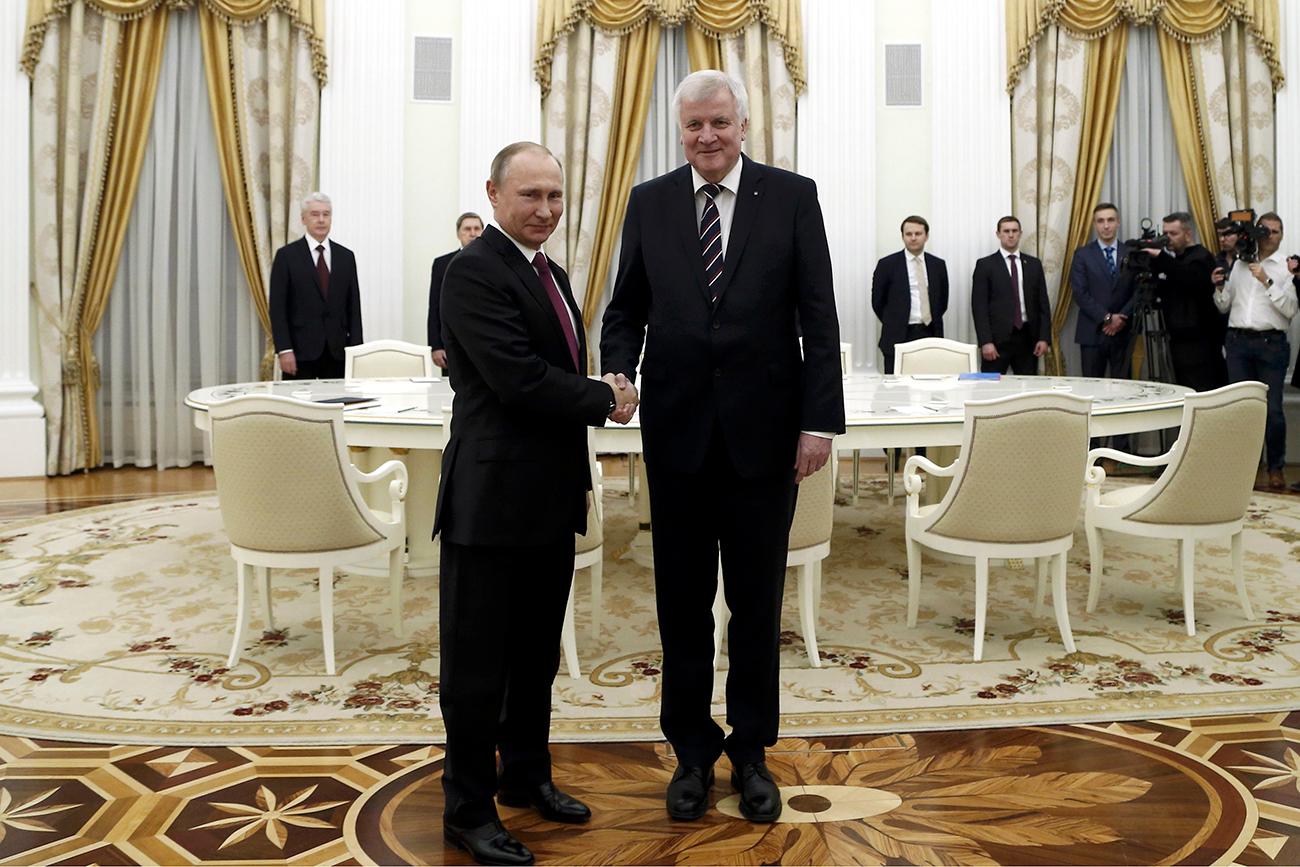 Der bayerische Ministerpräsident versuchte sich in Moskau an großer Politik.