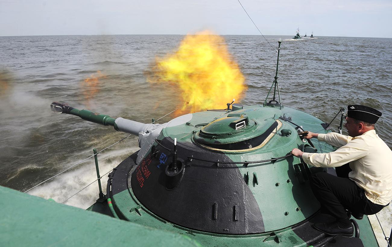 Medida para reforçar defesa territorial é vista com cautela pelo Japão