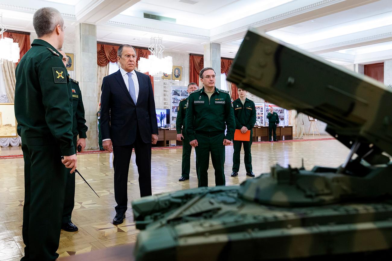 Сергеј Лавров у Војној академији Генералштаба оружаних снага РФ.