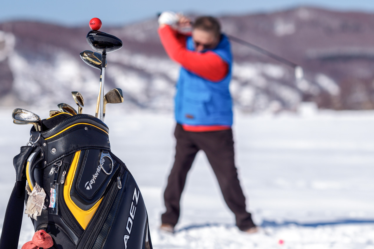 Winter golf is an opportunity to see Baikal from a different perspective: ice-golfers can stroll along the grid-like pattern of ice cracks between ice-coated cliffs and islands strangely reminiscent of sugar-topped gingerbread. In summer, such places are off limits by boat because of the storms and gales, of which Baikal has around a dozen different types, each with its own name.